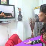 Fakings –  Pilladas Filipe Junio, Lidia Moreno Una pareja en el Retiro, una proposición decente. Son solo unas fotos para un videojuego, ¿que está haciendo tu novio al otro lado?.
