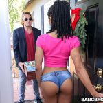 Bangbros – Anal With Her Present For A Creampie – Kira Noir