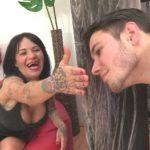 Fakings – Arnaldo Series – Laura y sus TETAZAS vs 3 pichones locos por follar. ¿Quién se taladrara a esta ESPECTACULAR MILF?