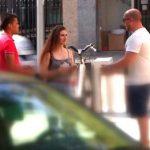 Fakings – 18 añitos, modelo y muy dispuesta es cazada a pie de calle. ¿Quieres salir en el videoclip del famoso Ricky Machine? – Pilladas