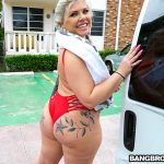 Bangbros – Ashley Barbie – Gram Famous Chick Hops on The Bus