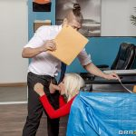 Brazzers – Brittany Andrews – Mixed Message Mailboy