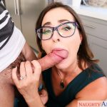 Naughty America – Helena Price – My Friend's Hot Mom (25/11/18)