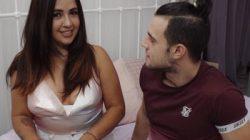 Convirtiendo jovencitas recatadas en pornstars. Andrea lo tiene claro: «Dadme UN BUEN RABO y dejaos de tonterías!».